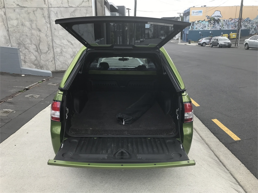 2016 Holden Commodore SV6, NZ NEW, CANOPY