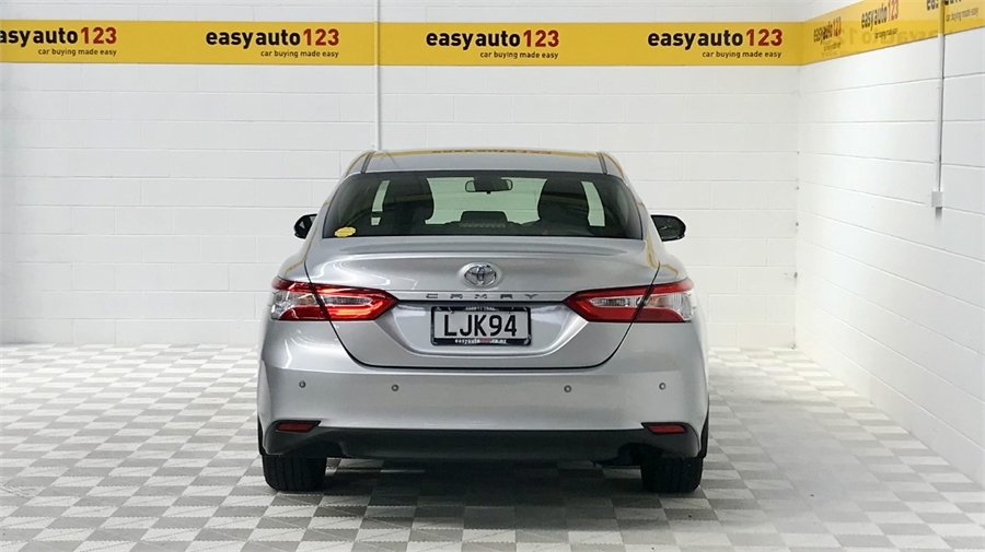 2018 Toyota Camry Gl 2.5P/6At