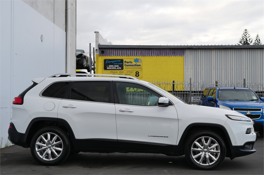 2015 Jeep Cherokee Limited 3.2P/4Wd/9At