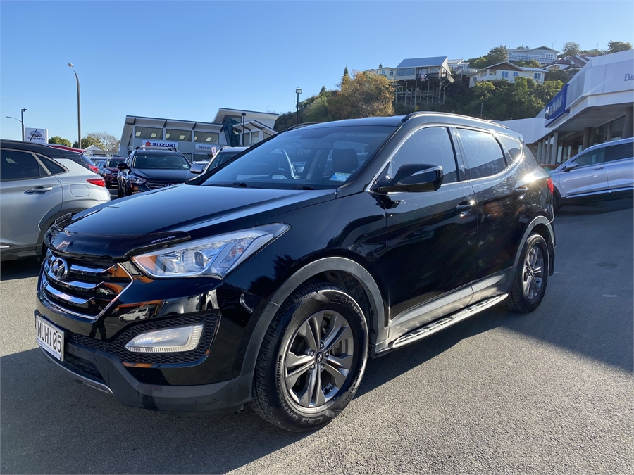 2014 Hyundai Santa Fe 2.4 AWD 7 Seater NZ New