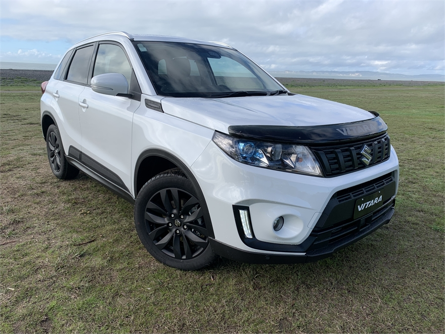 2020 Suzuki Vitara Turbo Shadow Edition