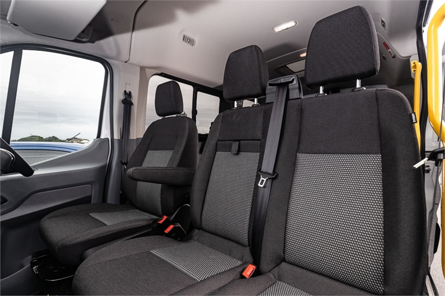 2020 Ford Transit 12 Seater 370M 2.2 Diesel Manual